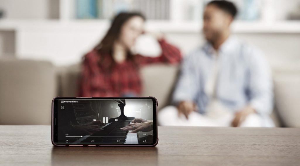 Nowy wynalazek Samsunga. Ekran, który się nie tłucze