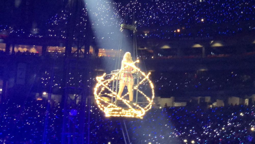 taylor swift - reputation stadium tour