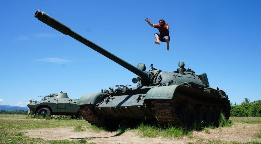 Rosyjski czołg sterowany… padem od PlayStation!